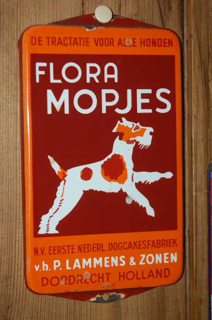 flora's mopjes emaille reclame