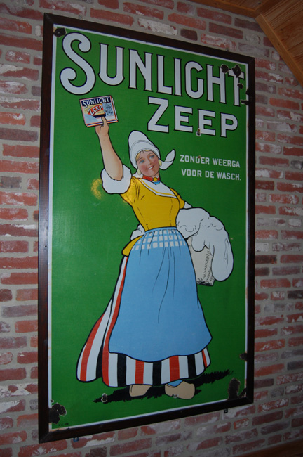 emaille-reclame-bord-sunlight-zeep