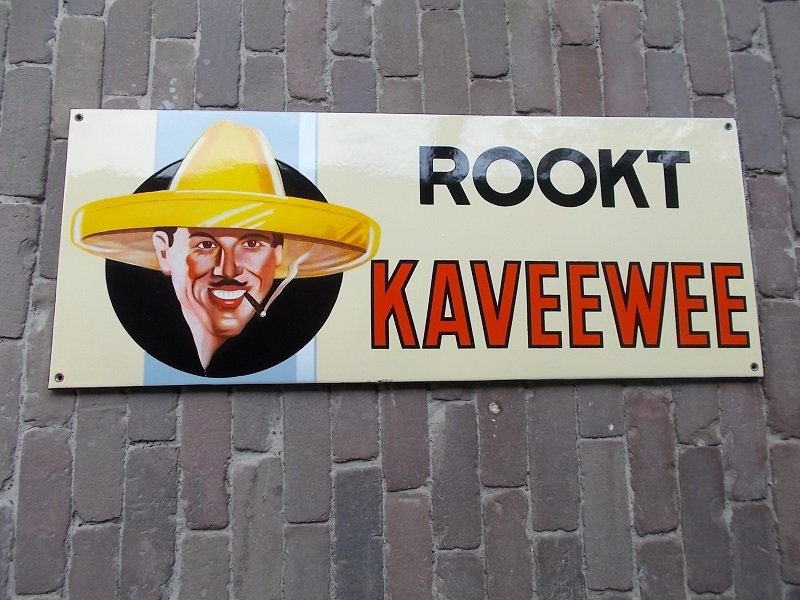 emaille reclamebord rookt kaveewee